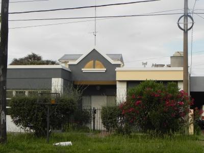 CASA SOBRE CALLE 24 BARRIO ENERGÍA Y PROGRESO  GENERAL PICO LA PAMPA